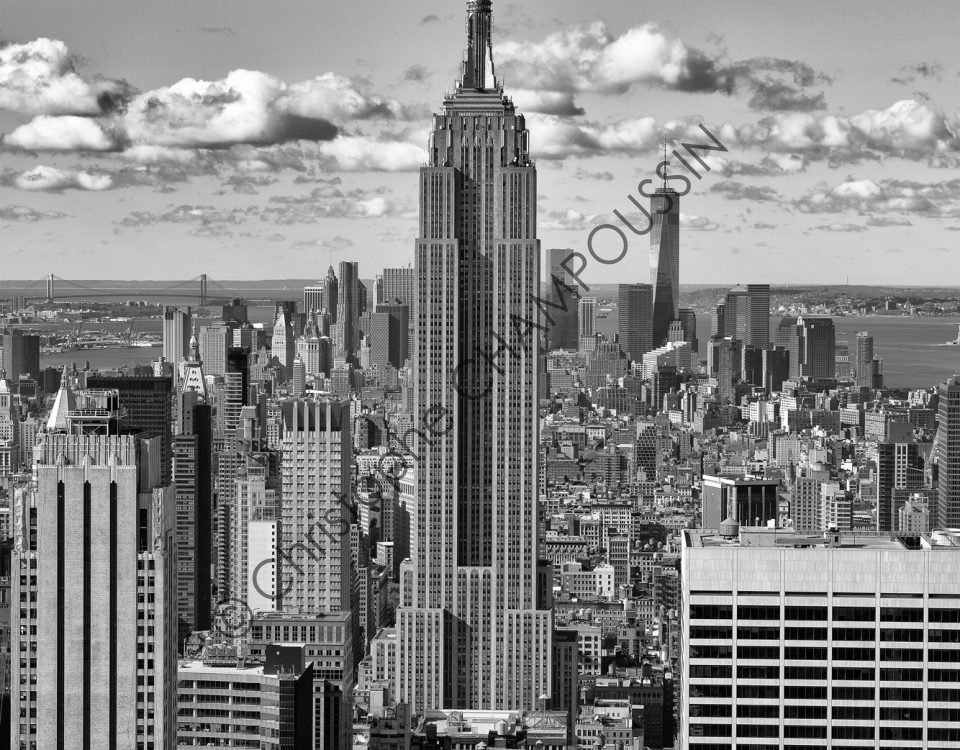 Image prise du 'top of the rock' (sommet du Rockefeller Center)  Empire State Building
